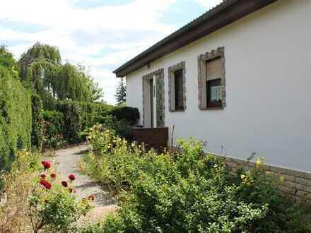 Ruhig gelegenes Einfamilienhaus, großer Garten