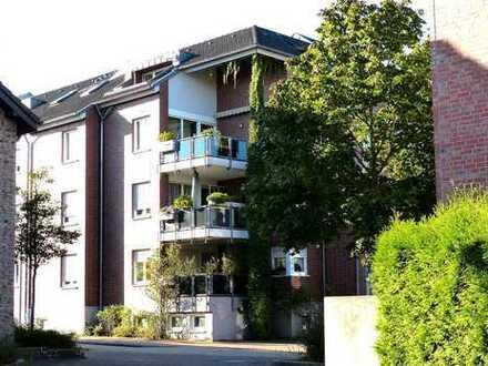 Komfort Dachgeschoßwohnung mit Loggia in verkehrsgünstiger Lage
