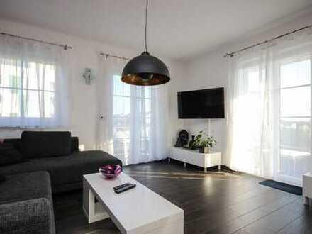 Wunderschöne 3-ZW, Granit-Küche, Garten, Einbaukleiderschrank, TG-Stellplatz