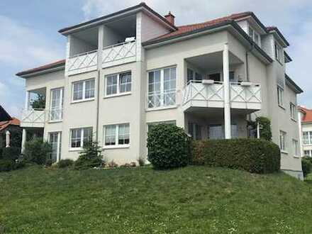 Komplett renoviert mit neuer EBK, Loggia, Stellpl: helle 2-Zi-DG-Wohnung in ruhiger Lage Halberstadt