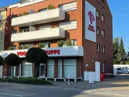 Großflächiges Wohn- und Bürohaus mit einem Betriebsgebäude im Souterrain der Garagen!