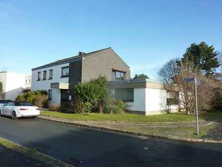 Einfamilienhaus mit Einliegerwohnung - ZENTRALER WOHNEN IN BOCHUM IST KAUM MÖGLICH!!!