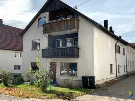 Viel Platz für die ganze Familie 2-Familienhaus mit 2 Balkonen und 2 Garagen