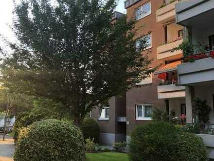 Gepflegte 3-Raum Wohnung mit Balkon und Einbauküche in beliebter Wohnlage