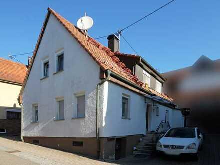 *** Vermietetes Wohnhaus im alten Ortskern von Perouse! ***