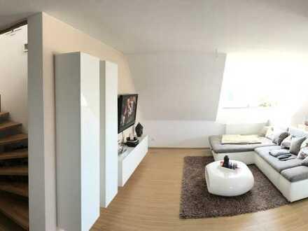 Sonnige Maisonette-Wohnung mit dreieinhalb Zimmern sowie Balkon und EBK in Balingen