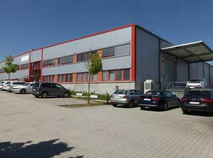 Gut vermietetes Lagergebäude mit modernen Büros
