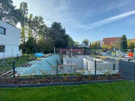 Baubeginn ist erfolgt - Letzte Einheit: traumhafte Maisonette mit Gartenanteil, Balkon und Loggia!