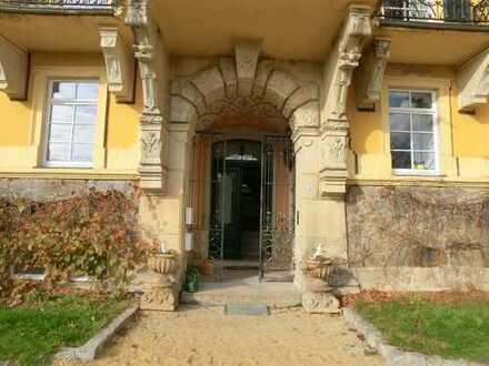 Wohnen auf Schloss Pohla - wunderschöne 4 Zimmerwohnung in reizvoller Umgebung