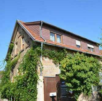 Kleinod aus Sandstein mit viel Flair zum Wohnen und Arbeiten in Mußbach