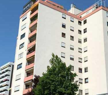 -Privatverkauf- Helle geräumige 4,5 Zimmer Wohnung mit traumhafter Aussicht vom Südwestbalkon