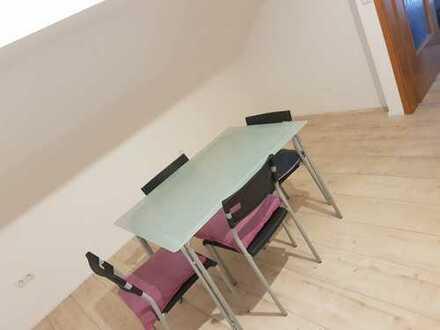 Geräumige 2 -Zimmer-Wohnung im Bruchsaler (Kreis)