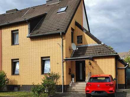 kleine Doppelhaushälfte mit Gartennutzung in Kerpen-Balkhausen