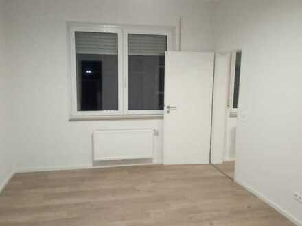 Neuwertige 60 qm 2-Zimmer-Wohnung mit EBK in Alte Heidenheimer Straße, Aalen