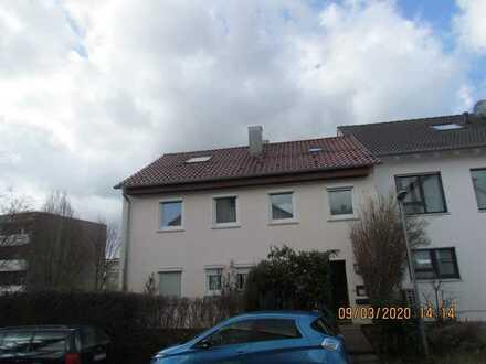Schönes Haus mit acht Zimmern in Esslingen (Kreis), Wendlingen am Neckar