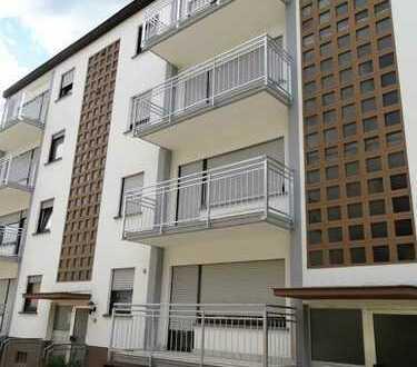 Schöne 3-Zimmer-Wohnung mit zwei Balkonen in Kirchberg (Hunsrück).