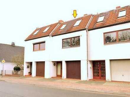 Bremen-Rönnebeck: Nahe der Weser! Familienfreundl. Reihenhaus mit Terrasse, Dachterrasse und Garage