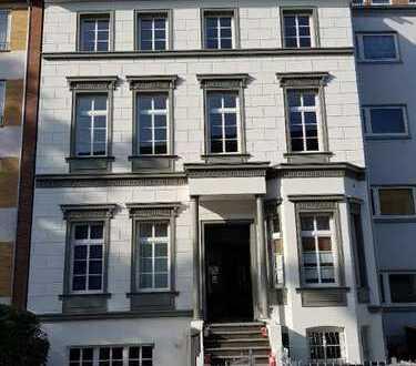 Bremer City - TOP sanierte großzügige 2 Zimmer Wohnung mit separatem Eingang - Ellhornstr.