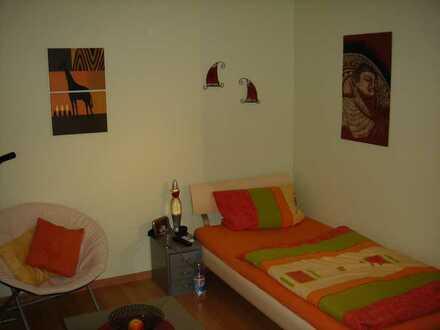 Gepflegte 1-Zimmer-Wohnung mit Balkon und EBK in Pforzheim (Hochschulnähe)