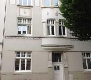 Schmucke 2-Zimmer-Wohnung mit eigener kleinen Terrasse am Westpark!