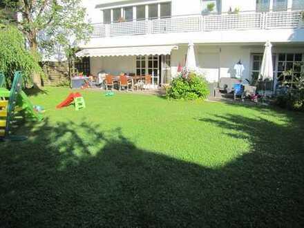 Helle 4-Zimmer-Wohnung mit großem Garten