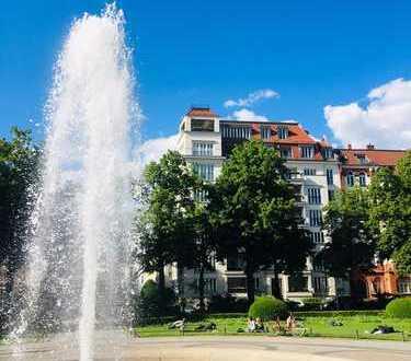 *Flair und Charme* Altbauwohnung mit 2 Bädern und Balkon* Nahe Viktoria-Luise-Platz!
