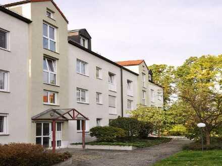 Schöne Wohnlage mit großem Balkon
