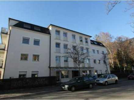 Schöne 3-Zimmer Wohnung in zentraler Stadtlage mit Lift.