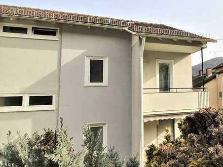 Helle, gemütliche 2-Zimmer Wohnung mit Süd-West-Balkon in ruhiger Wohnlage