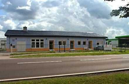 Garage - Stellplatz - Halle - Lager - mit Stromanschluss auch GEWERBE