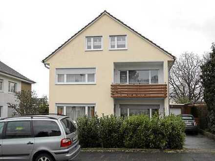 Schöne 1-Zimmer Dachgeschoss-Wohnung in Bonn Duisdorf