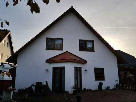 Alpen-Bönninghardt - EFH, moderne Ausstattung, mit großem Garten & Carport!