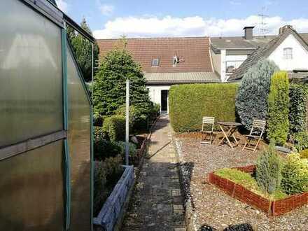 Schönes, kernsaniertes Haus mit drei Zimmern und Garten in Isselburg