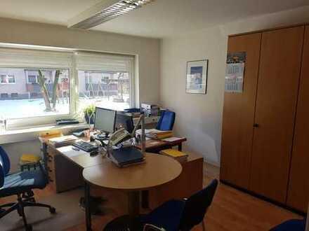 Gepflegte und großzügige Büroflächen in Zentraler Lage ca.170qm