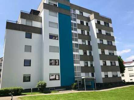Renovierte 4,5-Zimmer-Wohnung mit Balkon in Weinstadt!