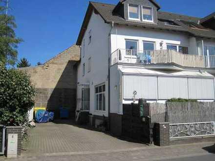 Bewerberstopp - provisionsfreie helle 3 Zimmerwohnung mit Fußbodenheizung zu vermieten