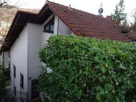 Doppelhaushälfte in Waldrandlage mit traumhaftem Ausblick!