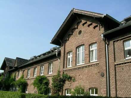 Exklusives Stadthaus im Gutshof