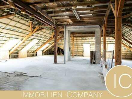 5 bis 6-Zimmer-Dachloft zum Selbstausbau in 2 separate Wohnungen möglich