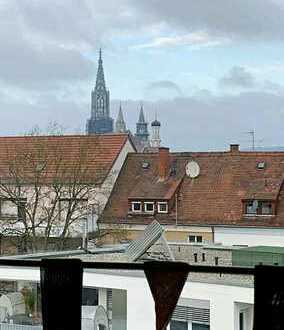 Helle, moderne 4-Zimmerwohnung in Neu-Ulm mit Balkon