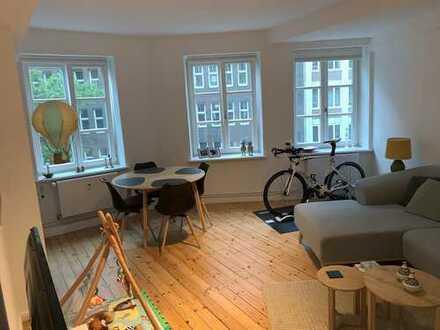2-Zimmer-Wohnung mit EBK in Hamb.-Altstadt, Hamburg