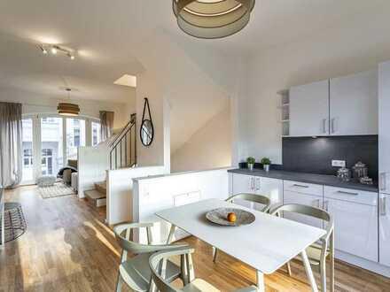 Erstbezug Bleichert Werke - Stadthaus mit EBK, 2 Bädern, Grünfläche, Balkon, Klima & Garage