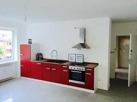 Gut geschnittene 2-Zimmer-Wohnung mit Einbauküche in Hamburg-Eimsbüttel