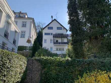 Mehrfamilienhaus in Villenwohnlage - mehrere Nutzungsmöglichkeiten