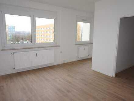 **TOP Single-Whg.** EBK mgl. - mit Schlafnische - Südseite - mit dem Aufzug ins neue Heim