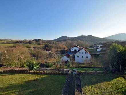 2-3 Familienhaus in idyllischer Lage mit herrlichem Ausblick! Prädikat: Familienfreundlich