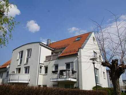 Sofort einziehen!**Lichtdurchflutete 3 Zimmer (ca. 90 m²)**Südwest-Balkon**Außenstellplatz**Keller