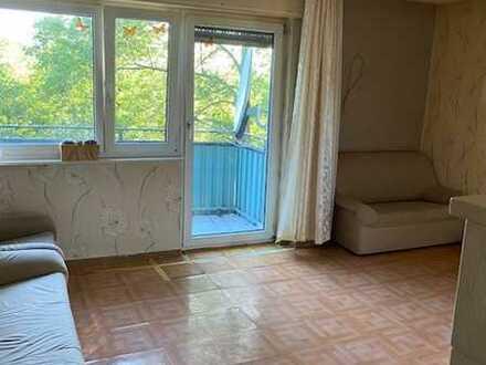 Exklusive 3-Zimmer-Wohnung mit Balkon und Einbauküche in Gomaringen