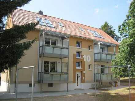"""Kleine Single Wohnung mit EBK und """"Open Air"""" Dachfenster! Ideal für Pendler und Auszubildende!"""