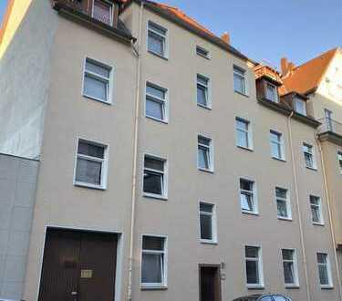 Erstbezug nach Sanierung: WG-geeignete 3-Zimmer-Wohnung mit Balkon in Hannover-Mitte